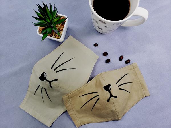 コーヒーの出し殻で、マスクの染変え(重ね染)に挑戦